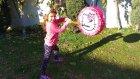 İçi Sürpriz Dolu Hello Kitty Davulu Bahçede Patlattık, Ençok Sürprizi Kimde, Eğlenceli Çocuk Videosu