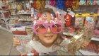 Metro markette dolaştık, noel baba kostümü aldık , eğlenceli çocuk videosu