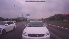 Güney Kore'de Korkunç Zincirleme Trafik Kazası!