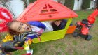 Elifin yazlık evine perde yaptık , Leraya örümcekli şaka, eğlenceli çocuk videosu