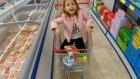 Lera arkadaşı ile buluşunca alışveriş işi elife kalıyor, eğlenceli çocuk videosu