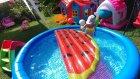 Havuzda karpuz kestik, Bu karpuz başka karpuz  eğlenceli çocuk videosu