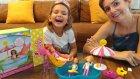 Barbie chelsea havuz keyfi , eğlenceli çocuk videosu