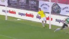 Bas Dost'un Fenerbahçe'ye attığı gol