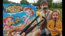 Bıyık Kapma Oyunu , Enteresan Oyuncak Hızlı Olan Kazanır,eğlenceli Çocuk Videosu
