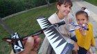 Parkta uçak yarışı yaptık , eğlenceli çocuk videosu
