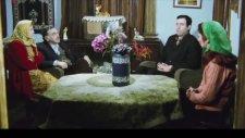 Üç Kağıtçı Filmindeki  Çekim Hatası