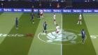 Carles Puyol'dan Phil Neville'a Olan Faulü Tepki Çekti!