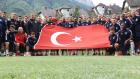 Başakşehirli futbolcular Türk Bayrağı açtı