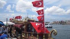 Tarihi Eminönü Balıkçısı Balık Ekmek Durağı Mehmet Aşık Mert Aşık Ünal Mercan