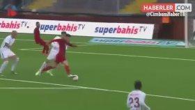 Östersunds Maçında Selçuk İnan'ı Hakem Bile Geçti
