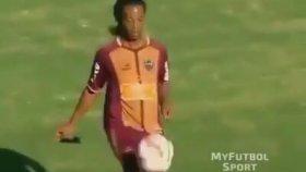 Top Kontrolünde Çağ Atlamak - Ronaldinho