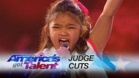 9 Yaşındaki Angelica Hale'nin Amerikan Yetenek Yarışmasını Sallaması