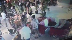 Fatih Terim'in Alaçatı Yüzevler Kebap'tan Kaçış Görüntüleri