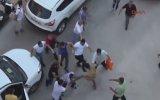 Mersin'deki Yumruklu Tekmeli Yol Verme Kavgası