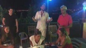 Derya Tuna'nın Bodrum'da Pasta Üflerken Depreme Yakalanması
