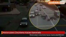 Motorcuların Zincirleme Kazası Kamerada