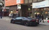 Lamborghini'nin Egzoz Sesi ile Rus Kızları Korkutmak