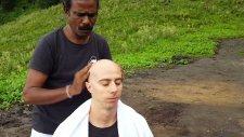 Baba the Cosmic Barber - Saç Tıraşı ve Kafa Masajı