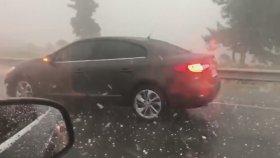 iste-enbüwlda fırtına sel yağmur dolu arabaların camlarını kırdı el-lehe tewbe edip iyme-en edin