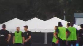 Neymar ile Nelson Semedo Tekme Tokat Kavga Etti