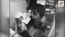 Güvenlik Kameralarına Yakalanan En Tuhaf Olaylar