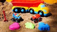Kum Oyunu - Canavar Kamyonlar Kum Kalıpları  Oynuyor
