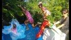 Mavi Havuzda Aqua park yaptık ,Karlar kraliçesi elsa havuzda yüzüyor kaydıraktan kayıyor