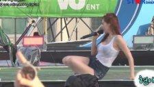 Koreli Star Hyuna Konserde Hayranları Tarafından Islatıldı