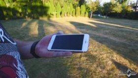 iPhone 7'nin Balyozla ile Dayanıklılık Testine Girmesi