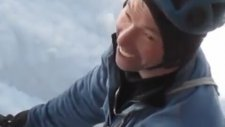 K2 Dağına Tırmanan Dağcının Son Anda Ölümden Kurtulması