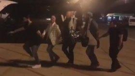Koray Avcı'nın Adana Havalimanı'nda Halay Çekmesi