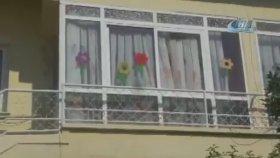 Serviste Can Veren Alperen'in Okulunun Camlarını Kırdılar