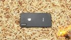 10 Bin Kibrit Üzerinde iPhone 8'in Yakılması