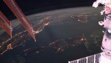 Dünya'ya Düşen Yıldırımlar Uzaydan Böyle Görüntülendi!